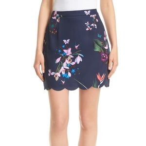 Ted Baker Size 5 (US Size 12) Scalloped Skirt